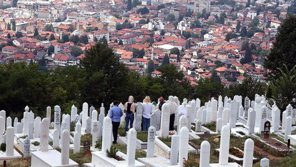 Leugnung von Srebrenica-Völkermord ist künftig strafbar