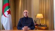Geschwächte Ansprache: Präsident Abdelmadjid Tebboune wendet sich am 13. Dezember per Video an das algerische Volk.