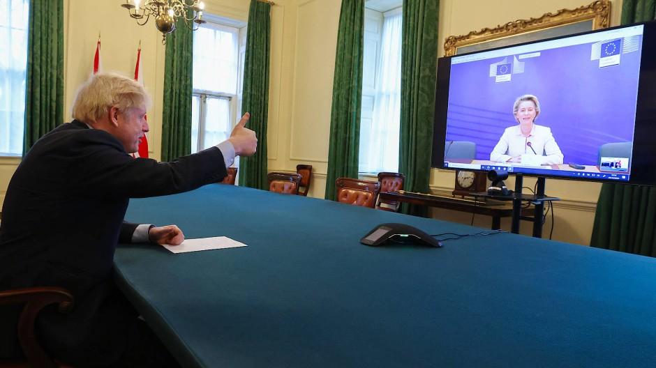 Der britische Premierminister Boris Johnson am 24. Dezember während einer Videokonferenz mit EU-Komissionspräsidentin Ursula von der Leyen