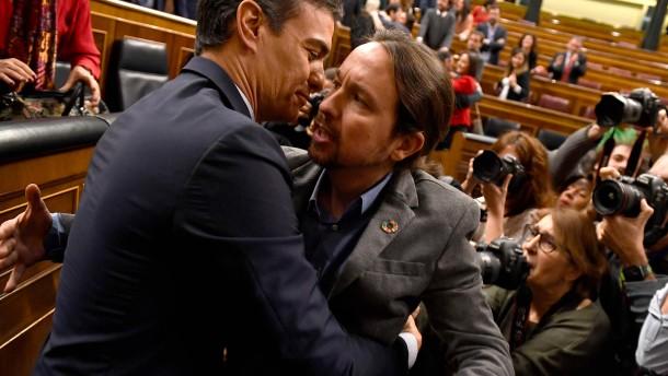 Podemos-Chef Iglesias setzt auf Angriff statt Ausgleich