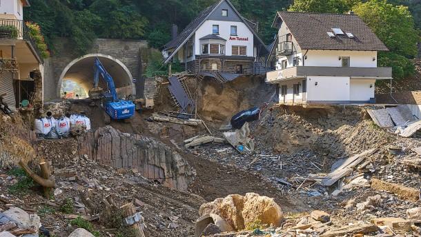 Die meisten zerstörten Häuser dürfen aufgebaut werden