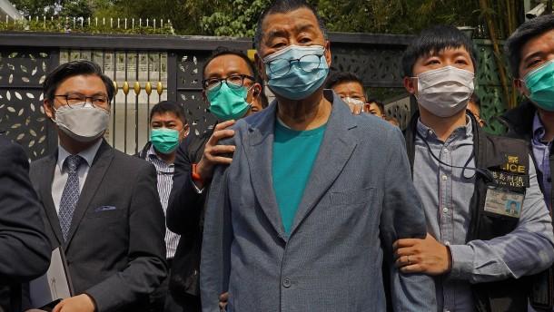 Peking erhöht den Druck auf Hongkongs Demokraten