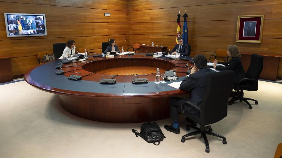 Ministerpräsident Pedro Sanchez am Dienstag während einer Kabinettssitzung.