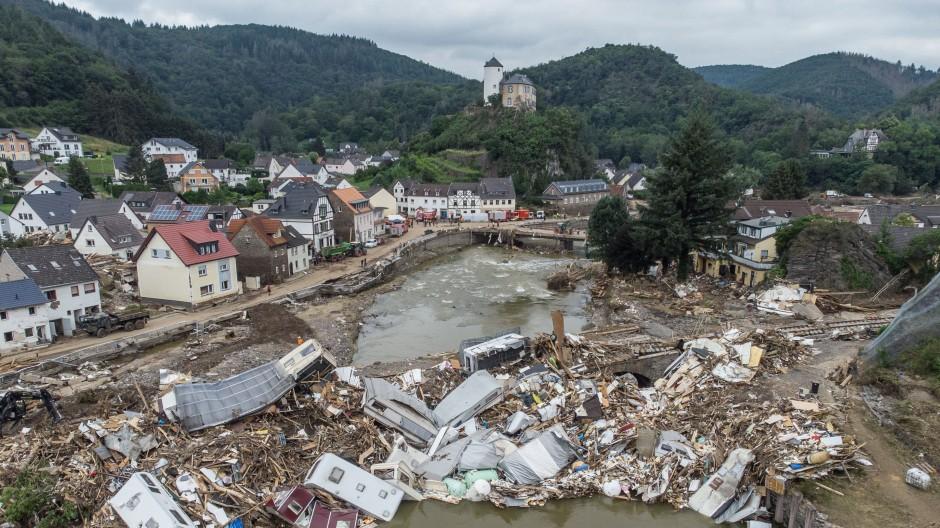 Mehr als 130 Menschen kamen bei der Flutkatastrophe in Rheinland-Pfalz ums Leben. Besonders schwer betroffen war das Ahrtal. (Archivbild)