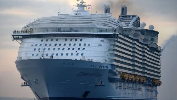 Jugendlicher stirbt bei Sturz von Kreuzfahrtschiff