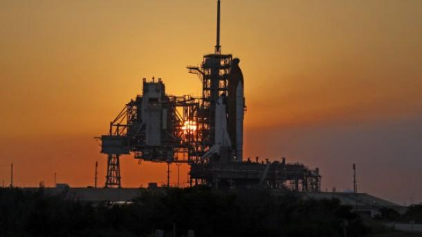 Atlantis startklar für Reparatur-Mission