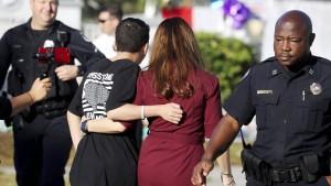 Schütze in Florida womöglich doch rechtsradikal