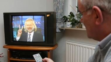 Fernsehen bleibt die wichtigste generationenübergreifende Freizeitbeschäftigung