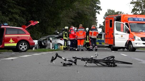 Frau verursacht fünf Unfälle in 30 Minuten