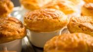 Kulinarischer Meilenstein: die berühmte Trüffelsuppe, die Paul Bocuse 1975 für den französischen Präsidenten Valéry Giscard d'Estaing erfand