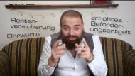 Flüchtling, Aktivist und YouTube-Star