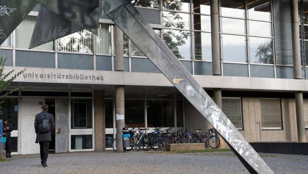 Stuttgart will Rattenplage durch Parkreinigung bekämpfen