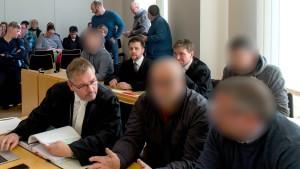 Staatsanwalt vor Prozess um gefesselten Flüchtling massiv bedroht