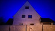 Mehrere Jahre lang soll das angeklagte Paar Frauen in dieses Haus gelockt und dort schwer misshandelt haben.