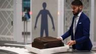 """""""Easy Security"""": Die Kontrollen der Handgepäcks am Flughafen sollen künftig effizienter werden."""