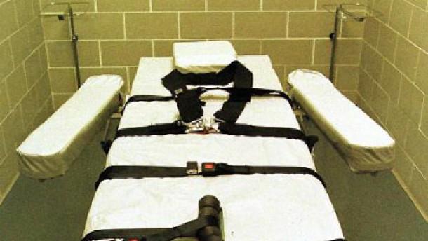 Gerechte und angemessene Strafe für die schrecklichsten Verbrechen