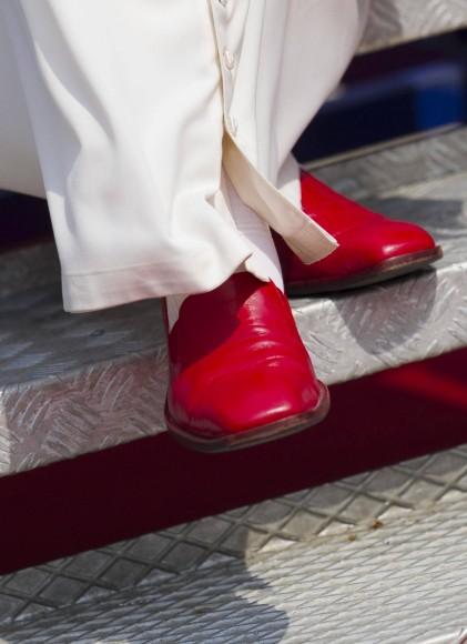 Schuhe Rote Papstes des Papstes des Schuhe Schuhe Rote Rote Rote Papstes des Schuhe EHID92