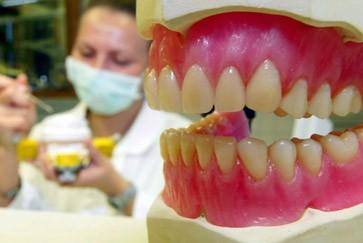 Zahnschmelz Erneuern