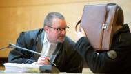 Bankkassierer veruntreut 1,4 Millionen und muss ins Gefängnis