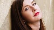 Olga Grjasnowa, in Baku geboren, ist eine deutsche Autorin.