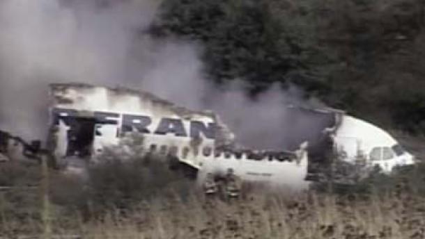 Airbus-Bruchlandung: Alle 309 Menschen an Bord überleben