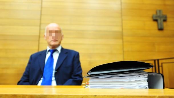 Gutachter zum zweiten Mal vor Gericht