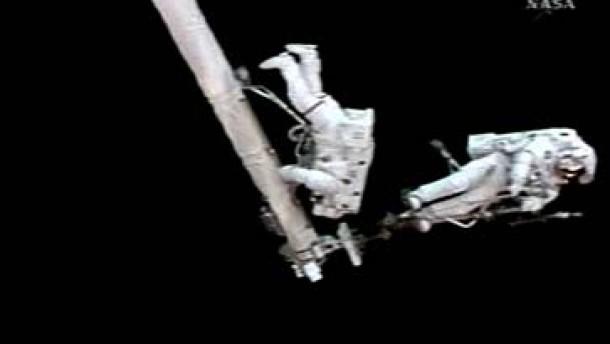 Reparaturarbeiten an ISS erfolgreich