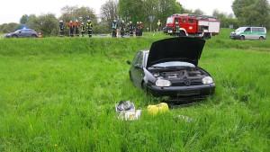 Unfallfahrer stiehlt Ersthelfer das Auto