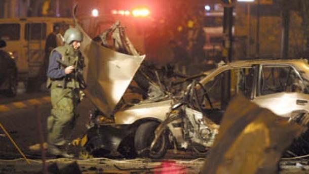 Tote und Verletzte durch Autobombe in Kolumbien