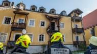 Feuer mit vier Toten: Bewohner soll Herdplatte angelassen haben