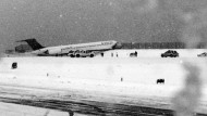 Flugzeug rutscht von Landebahn