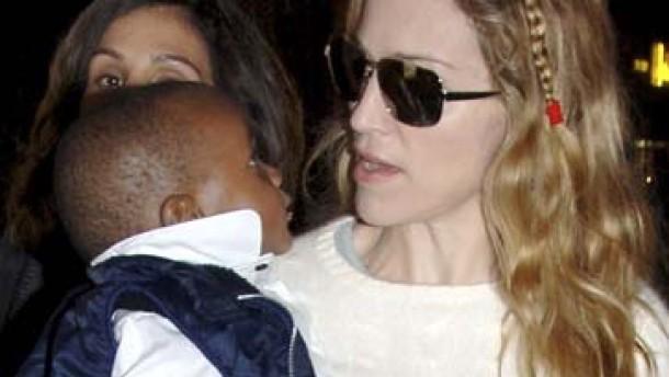Madonna lernt malawisch