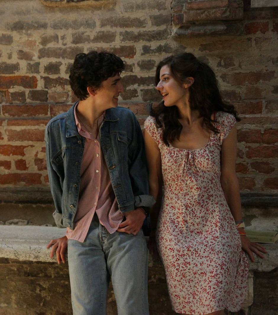 Alle stehen zu ihren Gefühlen: Elio (Thimothée Chalamet) und Marzia (Esther Garrel)