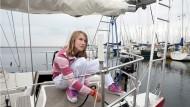 Alleine um die ganze Welt: Segelmädchen Laura Dekker will den Welt-Rekord knacken