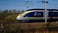 Der Hochgeschwindigkeitszug Eurostar verkehrt zwischen Paris und London.