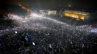 Eine halbe Million Rumänen gehen auf die Straße