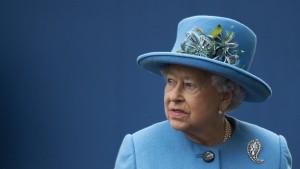 Die Briten sorgen sich um die erkältete Queen