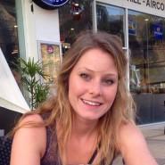 Elizabeth Quinn Gallagher fliegt mit um die Welt. Zum Glück hatte Jordan Axani keine Reiserücktrittsversicherung abgeschlossen.