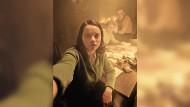 """Verborgener Widerstand im hellen Licht von Social Media: Luna Wedler in der Instagram-Serie """"@ichbinsophiescholl"""""""