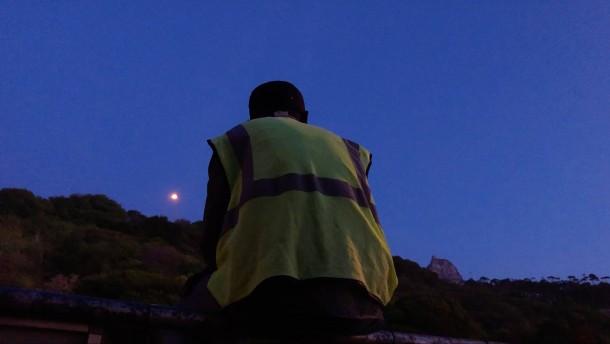 Mit der gelben Weste auf der Suche nach Arbeit
