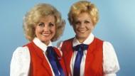 So schön waren die achtziger Jahre: Die Volksmusiksängerinnen Margot (links) und Maria Hellwig, aufgenommen im September 1987