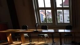 Untersuchungshäftling flieht durch Fenster von Amtsgericht
