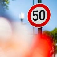 Neue Verkehrsregeln etwa zur Verschärfung von Fahrverboten sind nach Einschätzung des ADAC aus rechtlichen Gründen unwirksam.