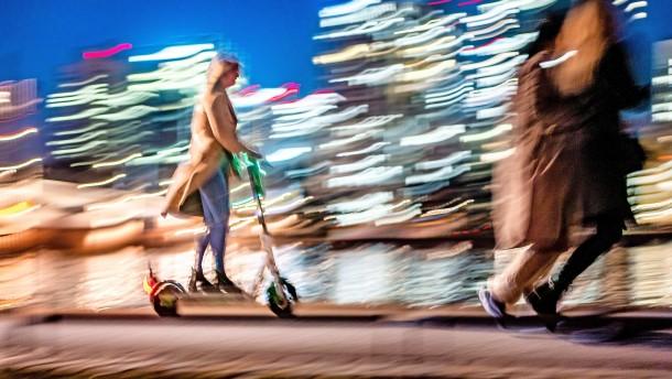 Die Last der Städte mit den E-Scootern