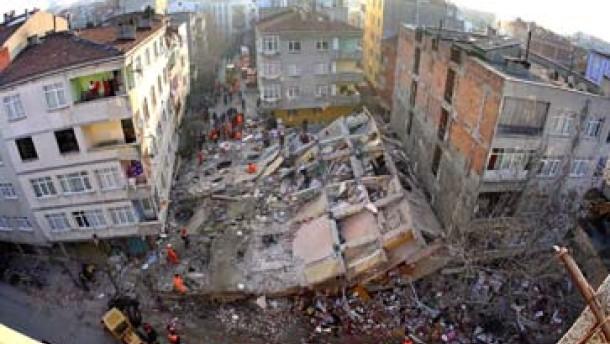Zwei Tote bei Hauseinsturz in Istanbul