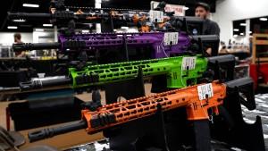 Amerikanische Kirche verlost Gewehre