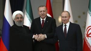 Russland, Iran und Türkei streben rascheres Kriegsende in Syrien an