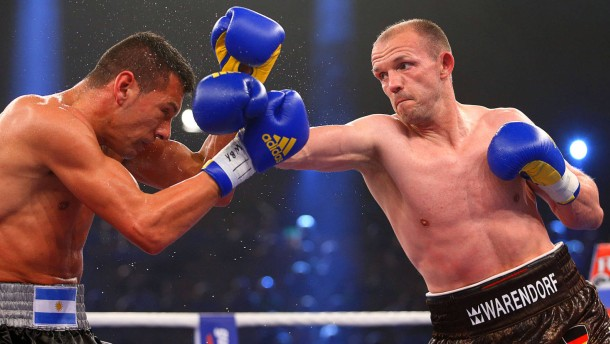 Boxweltmeister Brähmer besiegt Argentinier Bolonti