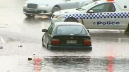 Wassermassen auf den Straßen Melbournes