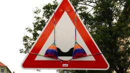Facebook zensiert Deutschlands bekannteste Streetart-Künstlerin